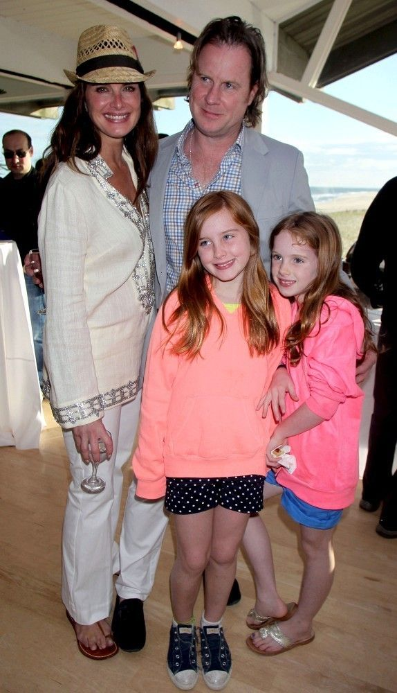 Brooke Shields - Brooke Shields and Her Family Pose in Cannes - May 26, 2013