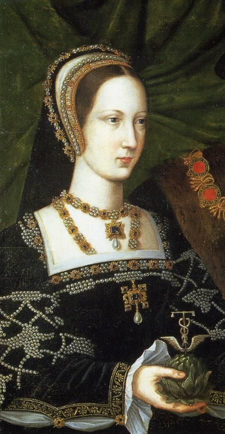 ca. 1515 Mary Tudor closeup from portrait with Henry Brandon attributed to Jan Mabuse (Woburn Abbey - Woburn, Bedfordshire). Mary goes all out wearing an extensively jeweled dress with a gorgeous French hood in this Mabuse portrait. Her dress has slashed sleeves. If this work dates to around 1515, it shows the outlines of 1500s English and French dress were set early in the century.