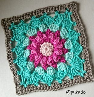 Free granny square pattern on ravelry.