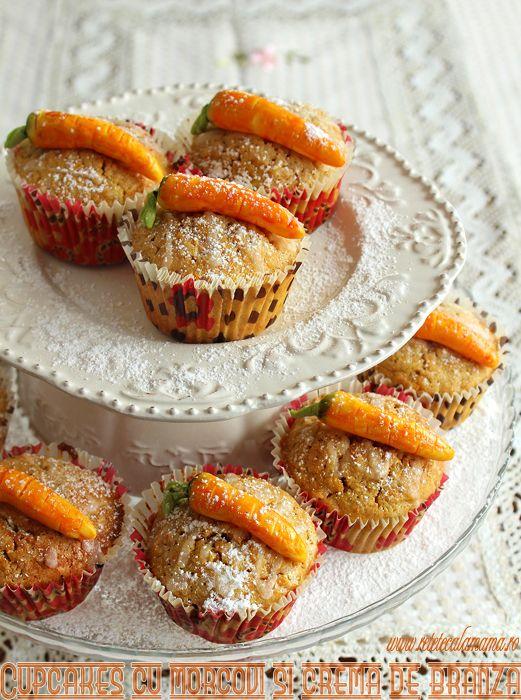 Asta e prima mea prajitura cu morcovi, eram oarecum reticenta fata de folosirea morcovilor in chestii dulci, pana mi-am adus aminte de teddy, sucul ala in sticlute mici din care ii mai furam cate-o gura fiica-mii cand era mica :)). Evident, morcovii sunt dulci si colorati frumos si aceste cupcakes cu morcovi si umplutura de [...]