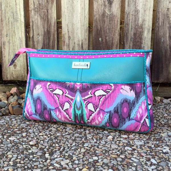 Carry All Flexi Clutch - Andrie Designs bag patterns  Paper and PDF bag patterns