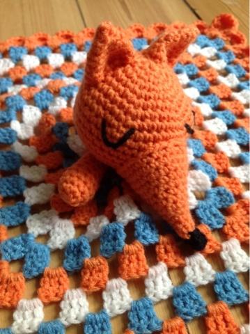 Creative Tail: Hæklet baby sove ræv