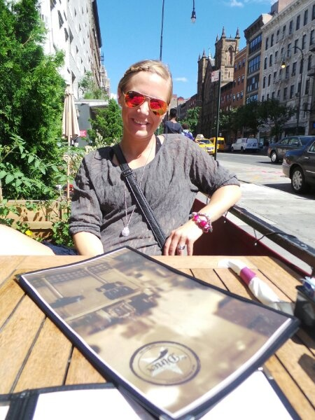 Lovisa Sandström www.lofsan.se i Ray-Ban Aviators flash lense från Synsam