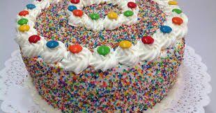 Resultado de imagen para torta pikachu crema chantilly