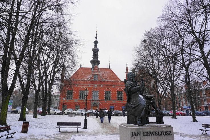 Old Town Hall and Jan Heweliusz statue, Gdansk
