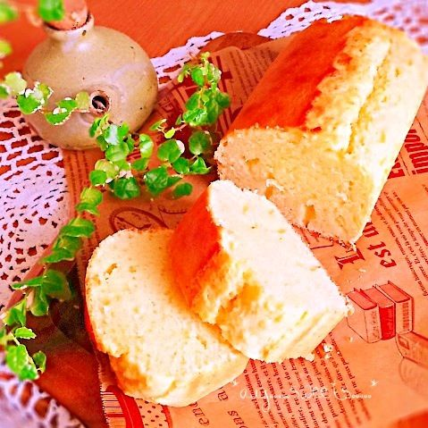 今日のオヤツがなくて困ったので急いで作りました(•̀ᴗ•́)و ̑̑ カルピスのほんのり甘さが美味しい〜♪ - 66件のもぐもぐ - HMで簡単カルピスパウンドケーキ(˶‾᷄ ⁻̫ ‾᷅˵) by avy