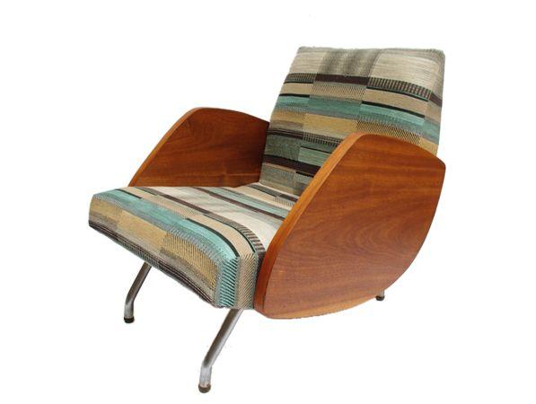 fotel 360, lata 60  Produkcja:   Zjednoczenie Przemysłu Meblarskiego  Projekt:   J. Różański