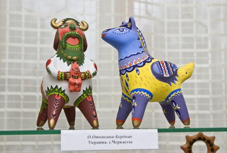 Выставка народной глиняной игрушки