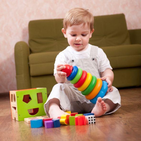 Mettiamo in gioco tutti i sensi: Per stimolare i bambini alla scoperta del mondo che li circonda, sfruttiamo la loro voglia di giocare mettendo in campo tutti i sensi.