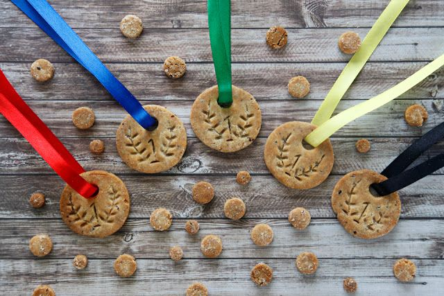 How to Make Olympic Medal Dog Treats (or Human Cookies!) | Very easy - no special tools required. :)