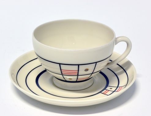 Cup and saucer by Nora Gulbrandsen for Porsgrund Porselen.