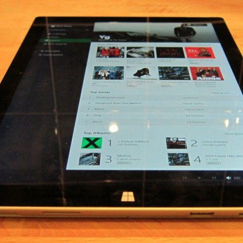 Apple iPad Pro Versus Microsoft Surface Pro 3: Measuring Apple's Reality Distortion Field