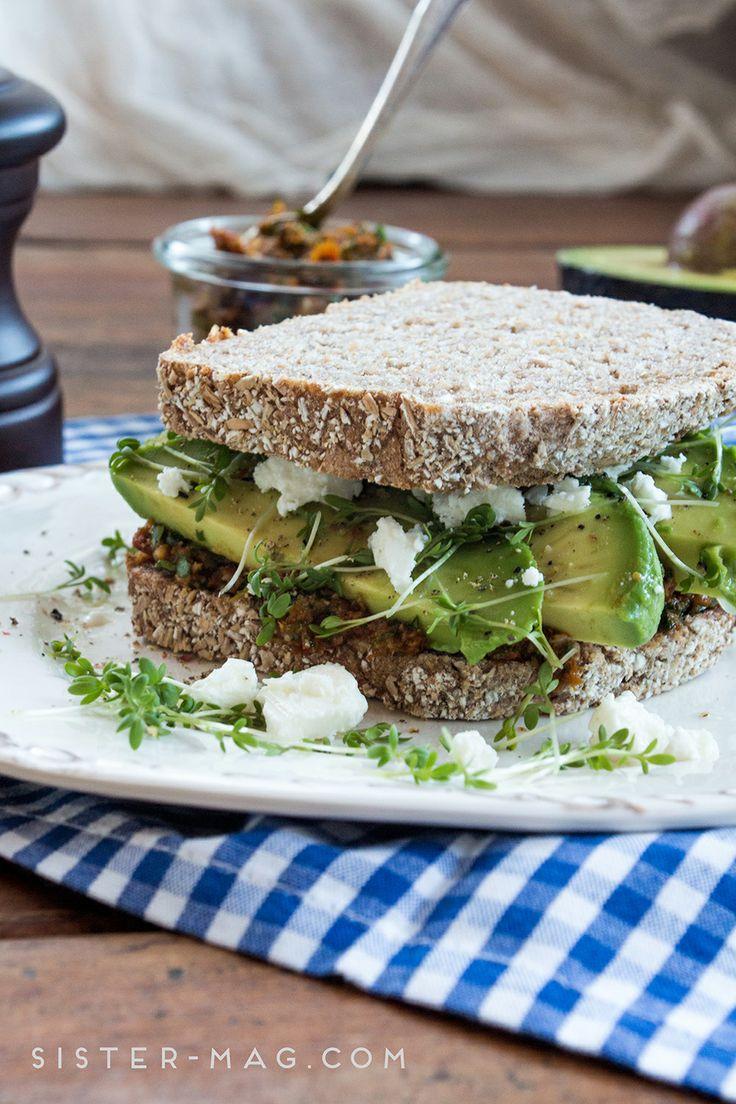 Avocado Sandwich von Daniela Becker für #sisterMAG12 #sandwiches #bistro #food #recipe