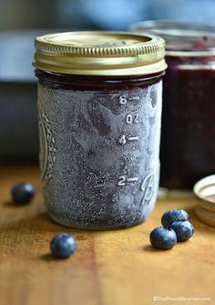 Easy Blueberry Freezer Jam Recipe shewearsmanyhats.com #jam #blueberry