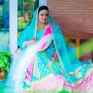 Akriti Bridal Couture is one of the top Boutiques in Patiala, Punjab. It has various collections like reception gowns, wedding lehengas, anarkali, heavy lehengas