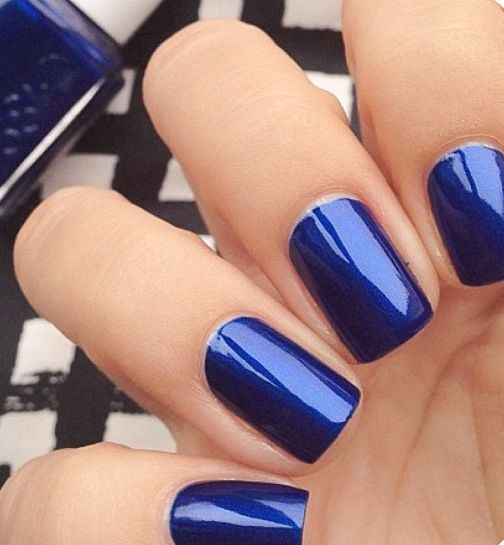 Dark blue-oje-essei- koyu mavi -lacivert- tirnak modasi- trendy nails