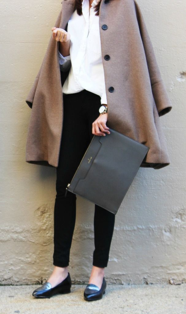 Ethical Street Style: Carrying a #vegan Angela Roi clutch from @shopethica