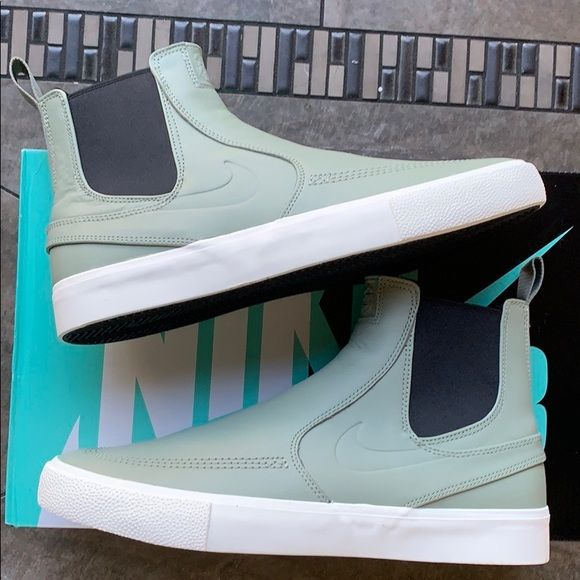 Nike Zoom Janoski Slip Mid Rm In 2021 Nike Zoom Janoski Nike Zoom Nike Acg Boots