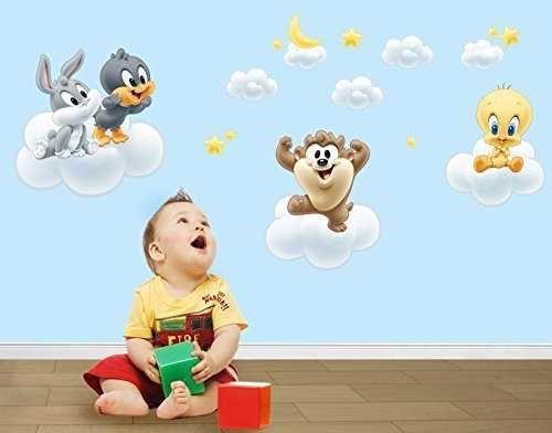 Elegant Wandtattoo Baby Looney Tunes auf Wolken