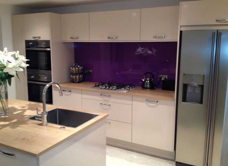 Gorgeous Purple Splashback fitted by Easy Glass Splashbacks