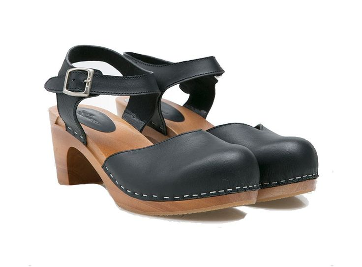 Clog clog, who's there? #386000 #clog #shoes http://zocko.it/LDsow