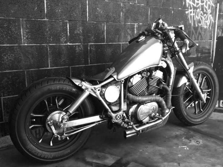 1000 images about vt500 bobber on pinterest rear seat. Black Bedroom Furniture Sets. Home Design Ideas