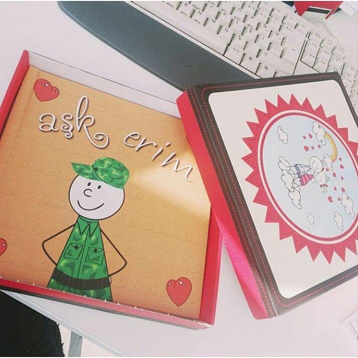Serap hanım askerdeki sevgilisini havalara uçururacak #hediye kitabını teslim almış :) #Sevgiliye #KişiyeÖzel #Kitap #sevgilikitabı #sevgilikitabi #tasarım #tasarim #romantik #romantizm #sevgililergünü #surpriz #fotokitap #askeryolu #askeryolubeklerim