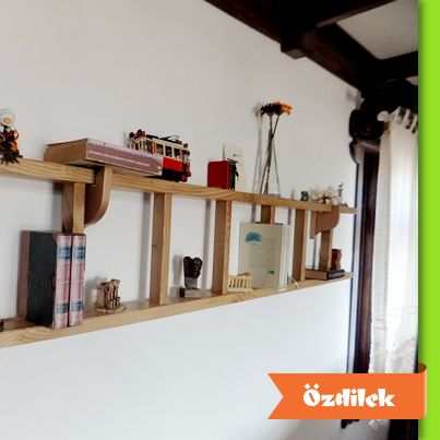 Kitaplık ve raflarla evinizin havasını değiştirmek ister misiniz? Peki ya merdivenden kitaplık sizce nasıl duruyor?