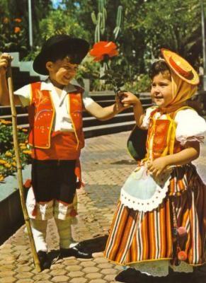 traje regional canario infantil en los 70 = belleza máxima