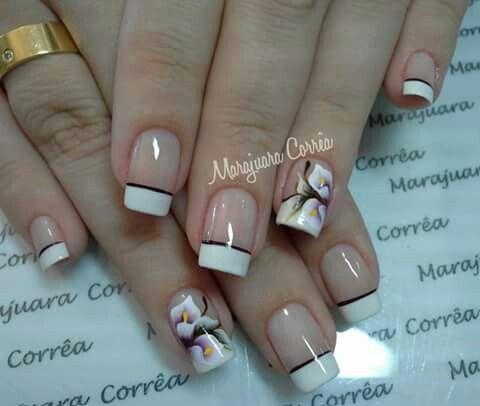 Unha delicada de Marajuara Corrêa. Sensitive nail. Uña sensible. Unghie sensibili.