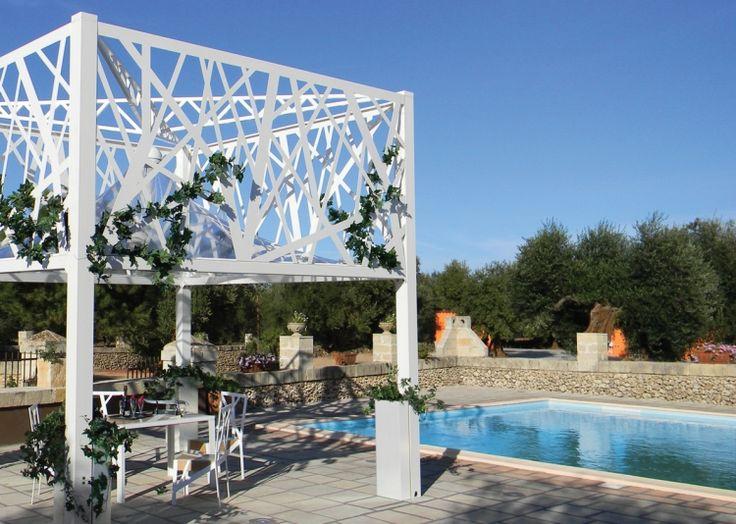 Beschattung Terrasse Garten Sonnenschutz Pergola Modern Design Weiss