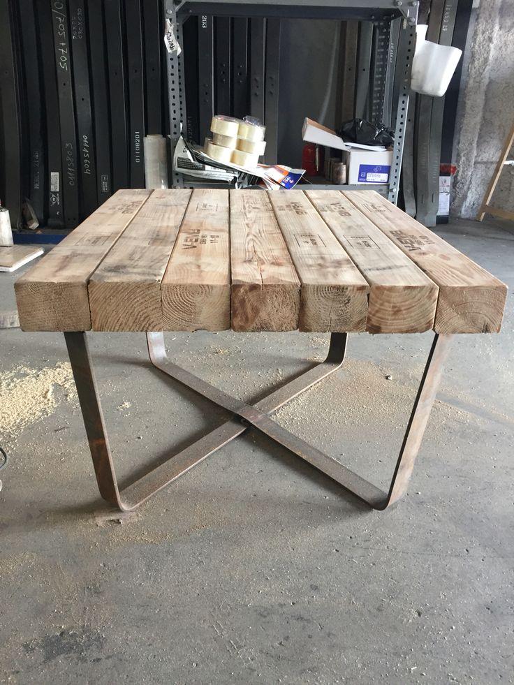 Mesa hecha con madera reciclada madera reciclada - Mesas madera reciclada ...