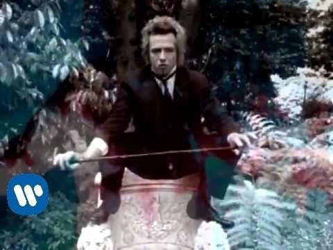 Stone Temple Pilots 'Vaseline' #video - Alice in Wonderland inspired disturbing nightmare like scenes.