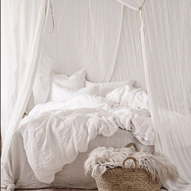 Hale Mercantile Co. pure linen nest in Ayrton....where dreams are made Styled and captured by @vintagepiken