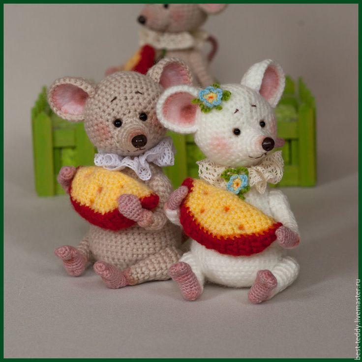 Купить Мышки - комбинированный, мышки, мышонок, мышки игрушка, Вязание крючком, вязаные игрушки, подарок