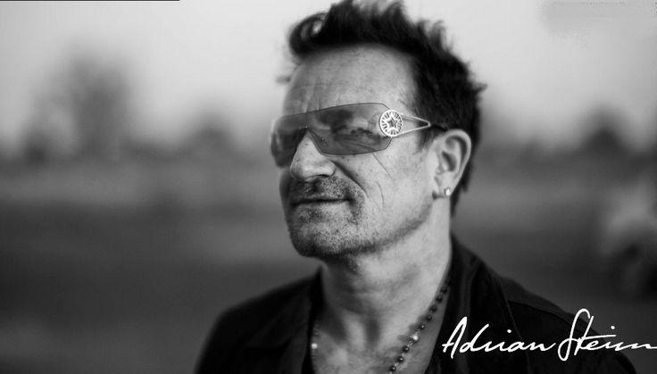 Bono from U2 #u2NewsActualite #u2NewsActualitePinterest #bono #PaulHewson #U2 #music #rock #picture http://yourlovewasalightbulb.tumblr.com/image/64619628058
