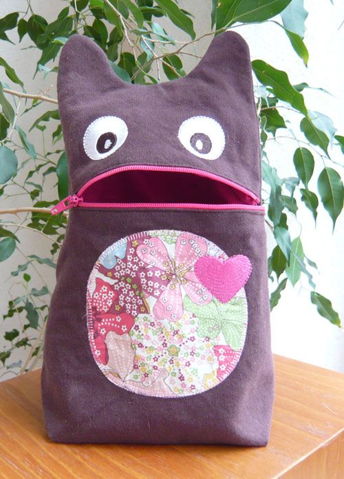 Monster zippy pouch for the embroidery machine (but can be modified for a regular sewing machine).