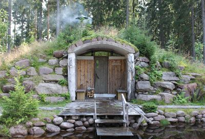 This Saturday is the national Sauna day in Finland. To celebrate it, I would like to share a sauna memory from last summer. This extraordinary sauna by the pond was a real miracle in the middle of…