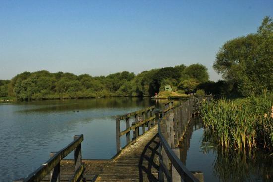 Worsbrough Country Park reservoir Worsbrough Barnsley South Yorkshire England