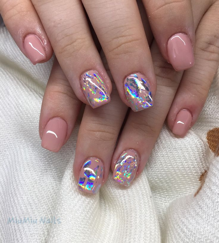 Transfer foil nails with nude base