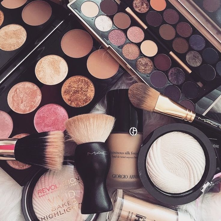 Top 10 Beauty Must Haves You Can't Live Without