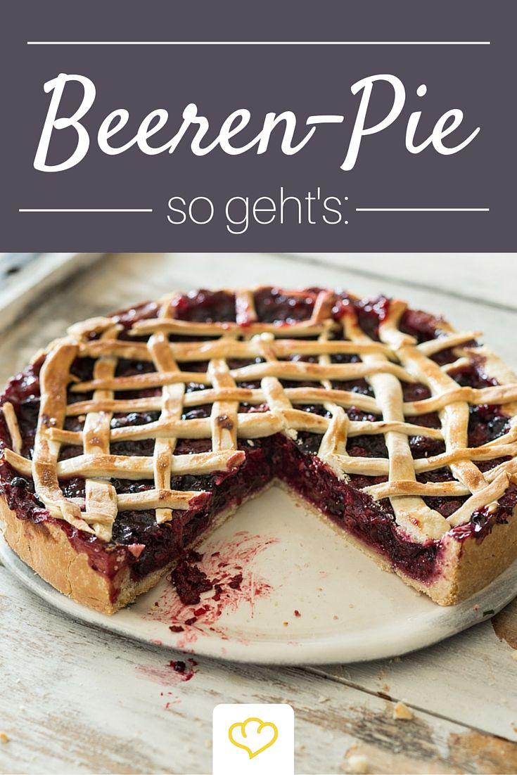 Verwöhn dich und deine Liebsten doch mal wieder! Wie wäre es mit diesem saftigen Knusper Pie mit Waldbeeren?  Zum Rezept:bit.ly/Waldbeeren-Pie
