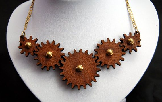 Linear Motion Necklace (Wood)