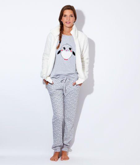 Pyjama 3 pieces, veste polaire, pantalon pingouins - Etam Lingerie - Octobre 2015 - 55€