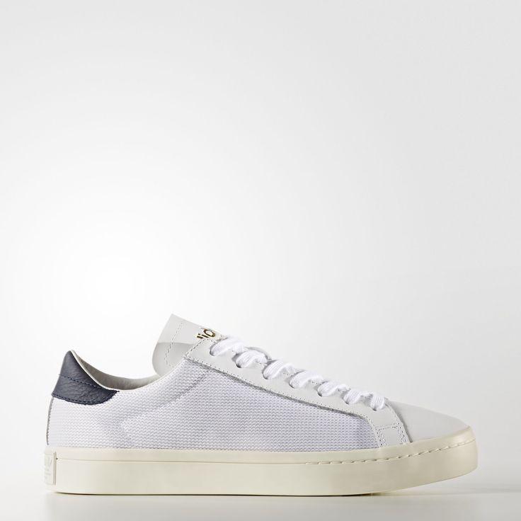 Die aktuelle Version kommt als Low-Cut-Sneaker mit einem Obermaterial aus  weichem Leder und strukturiertem Mesh. Das Futter aus Textil und Leder  sorgt für ...