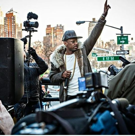 Fabolous Rocks A $2,535 Yves Salomon Classic Rabbit Fur Lined Parka In NYC- http://getmybuzzup.com/wp-content/uploads/2015/01/408238-thumb.jpg- http://getmybuzzup.com/fabolous-rocks-a-2535-yves-salomon/- By Don Bleek In NYC, rapper Fabolous popped up on the Empire tour bus for a live performance. For his performance, Loso kept warm in a $2,535 Yves Salomon Classic Rabbit Fur Lined Parka which rapper Big Sean last wore here. This jacket features pure rabbit fur lining, long sl