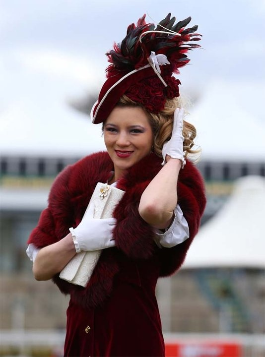 aintree ladies day fashion grand national races