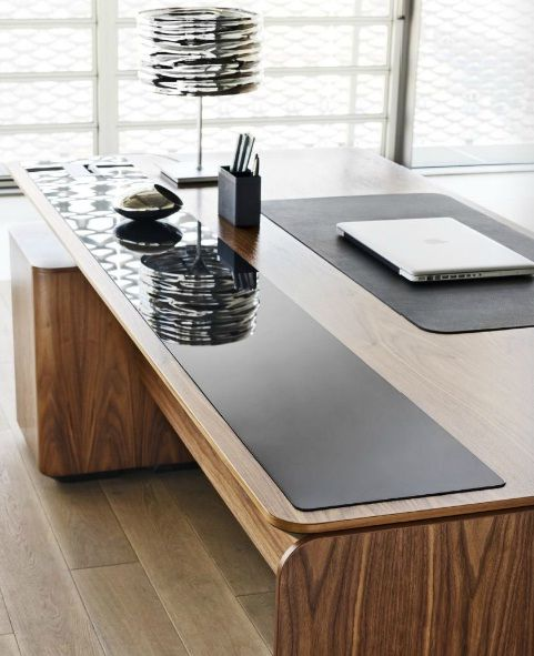 modern and bright office furniture system- eRange