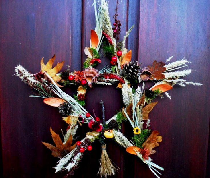 New Age Home Decor: Samhain Halloween Pentagram Wreath. Pagan Wiccan Handmade