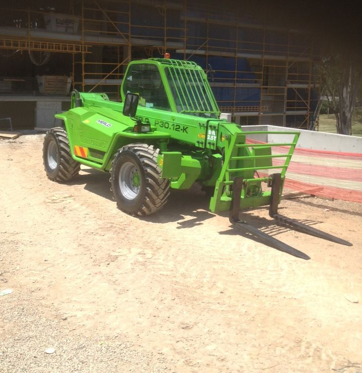 YG Lifting Solutions delivered this Merlo Telehandler back to its jobsite on Tuesday after carrying out an Annual Inspection Report and repairs for compliance to AS1418-19.  We do service and repair work onsite and in house, call today to book in your machine 1300 300 605 http://www.liftingsolutions.com.au/PartsService.aspx